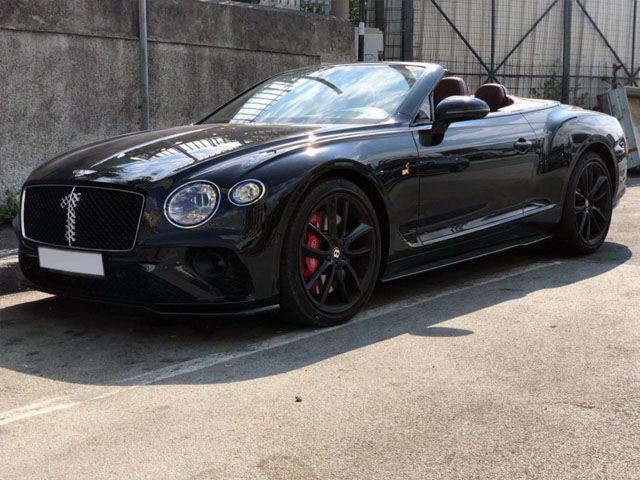Booking and rental cabriolet in Brussels