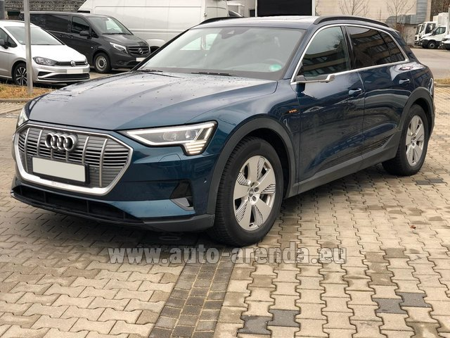 Rental Audi e-tron 55 quattro (electric car) in Charleroi