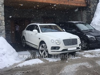 Bentley Bentayga 6.0 litre twin turbo TSI W12 для трансферов из аэропортов и городов в Бельгии и Европе.