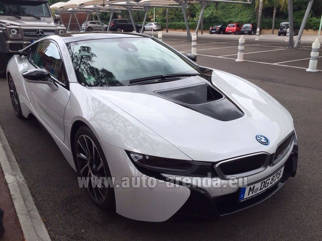 Rental BMW i8 Coupe Pure Impulse in Antwerp