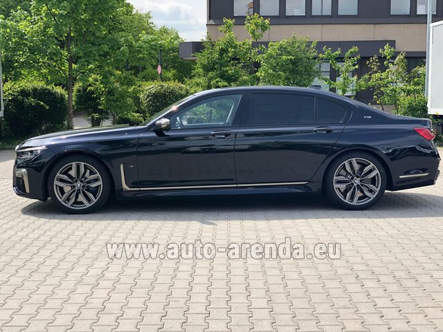 Hire and delivery to Brussels Airport the car BMW M760Li xDrive V12