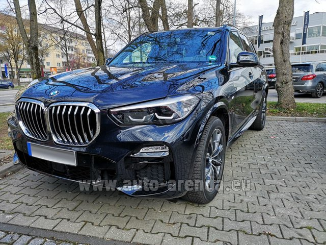 Rental BMW X5 xDrive 30d in Ghent
