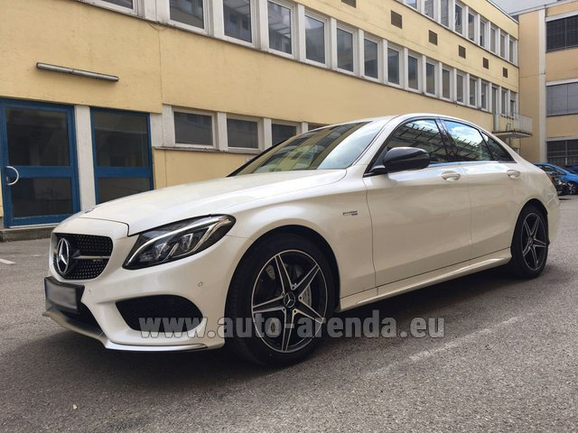 Hire and delivery to Brussels Airport the car Mercedes-Benz C-Class C43 AMG Biturbo 4MATIC White