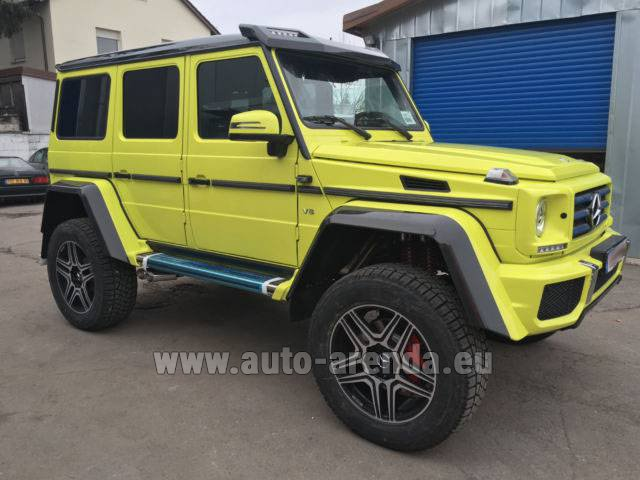 Rental Mercedes-Benz G 500 4x4 Yellow in Bruges