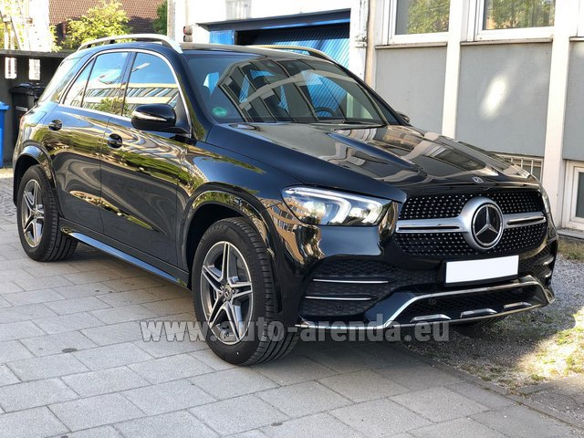 Rental Mercedes-Benz GLE 400 4Matic AMG equipment in Bruges