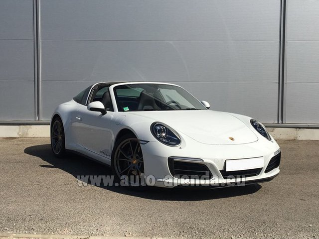 Rental Porsche 911 Targa 4S White in Ghent