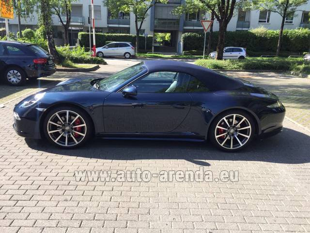 Rental Porsche 911 Carrera 4S Cabriolet in Antwerp