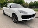 Rent-a-car Porsche Cayenne Turbo V8 550 hp in Bruges, photo 2