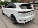 Rent-a-car Porsche Cayenne Turbo V8 550 hp in Bruges, photo 3